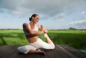 Anne Van De Water - Yoga - Yoganesha